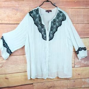 3X semi sheer blouse Claire France